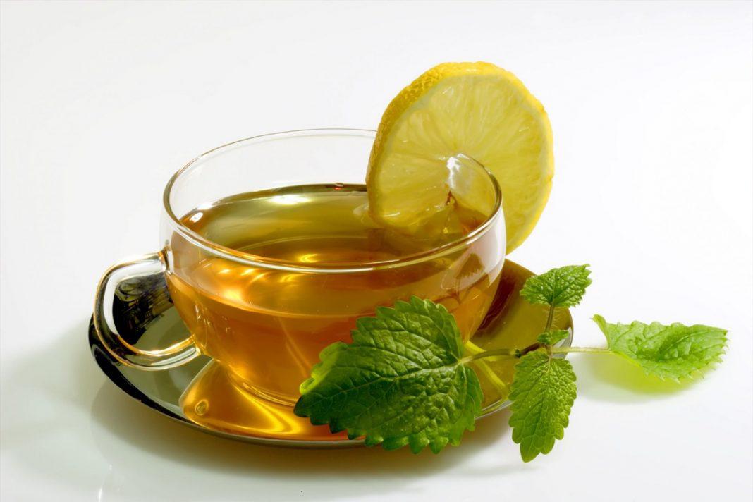 Tisane de menthe ou thé vert