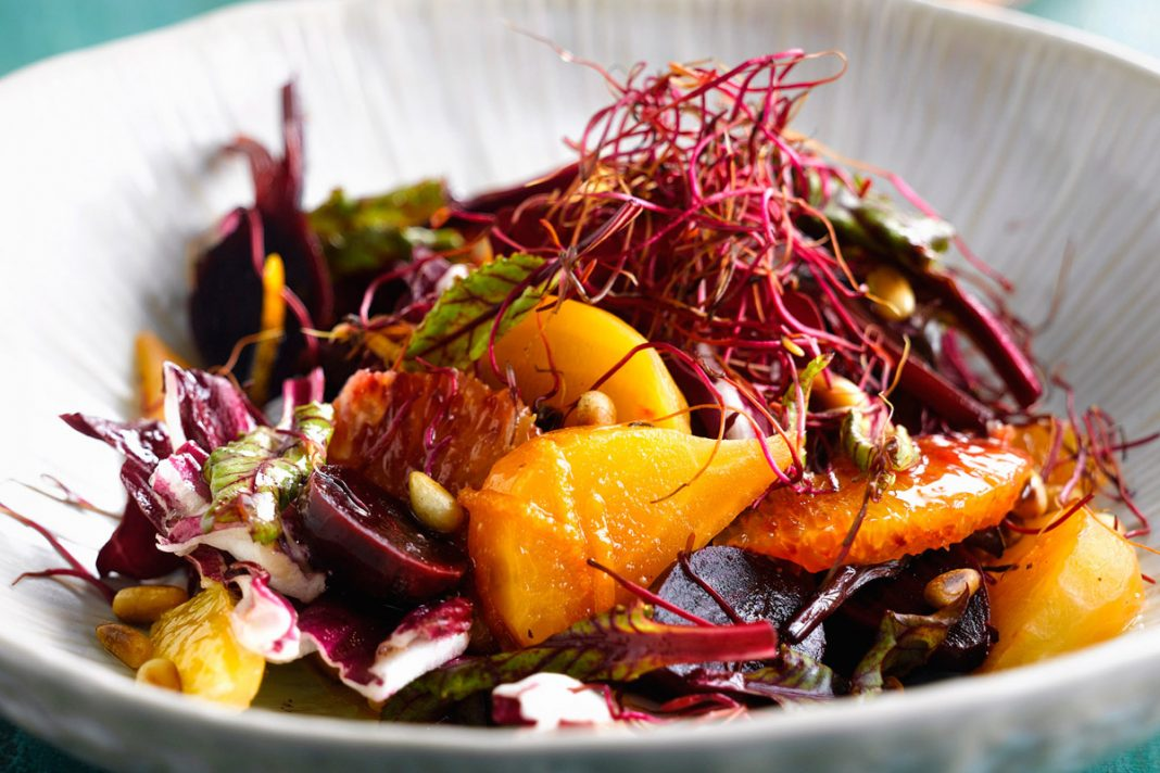 Salade aigre-douce de navets, betterave et orange