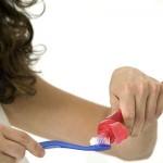 Brossez dents après diner
