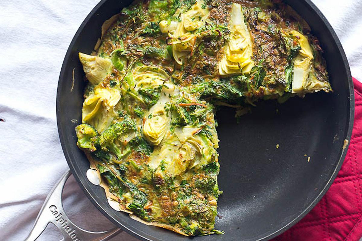 Omelettes aux épinards, artichauts et herbes