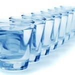 moins-de-8-verres-eau-par-jour-nuit-sante