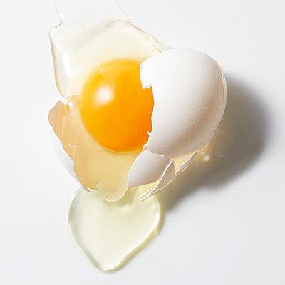 Cassez un œuf au petit dejeuner