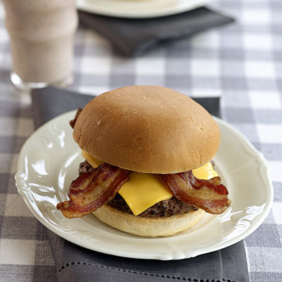 Le cheeseburger au bacon