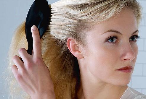 Les brushings affaiblissent les cheveux