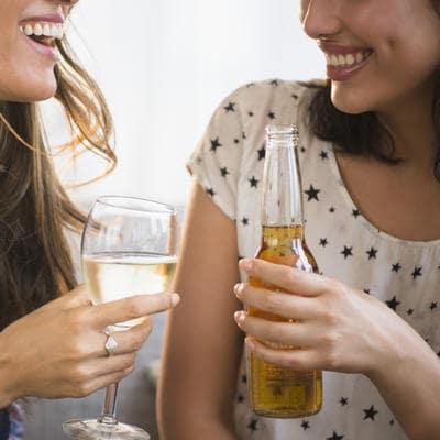 Les filles ne seraient pas obèses à cause de la bière ?