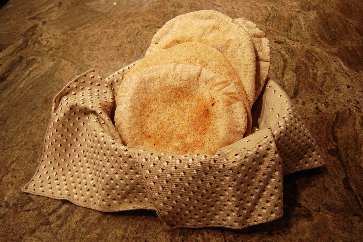Pain pita au blé entier