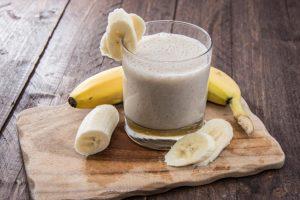 Smoothie banane gingembre