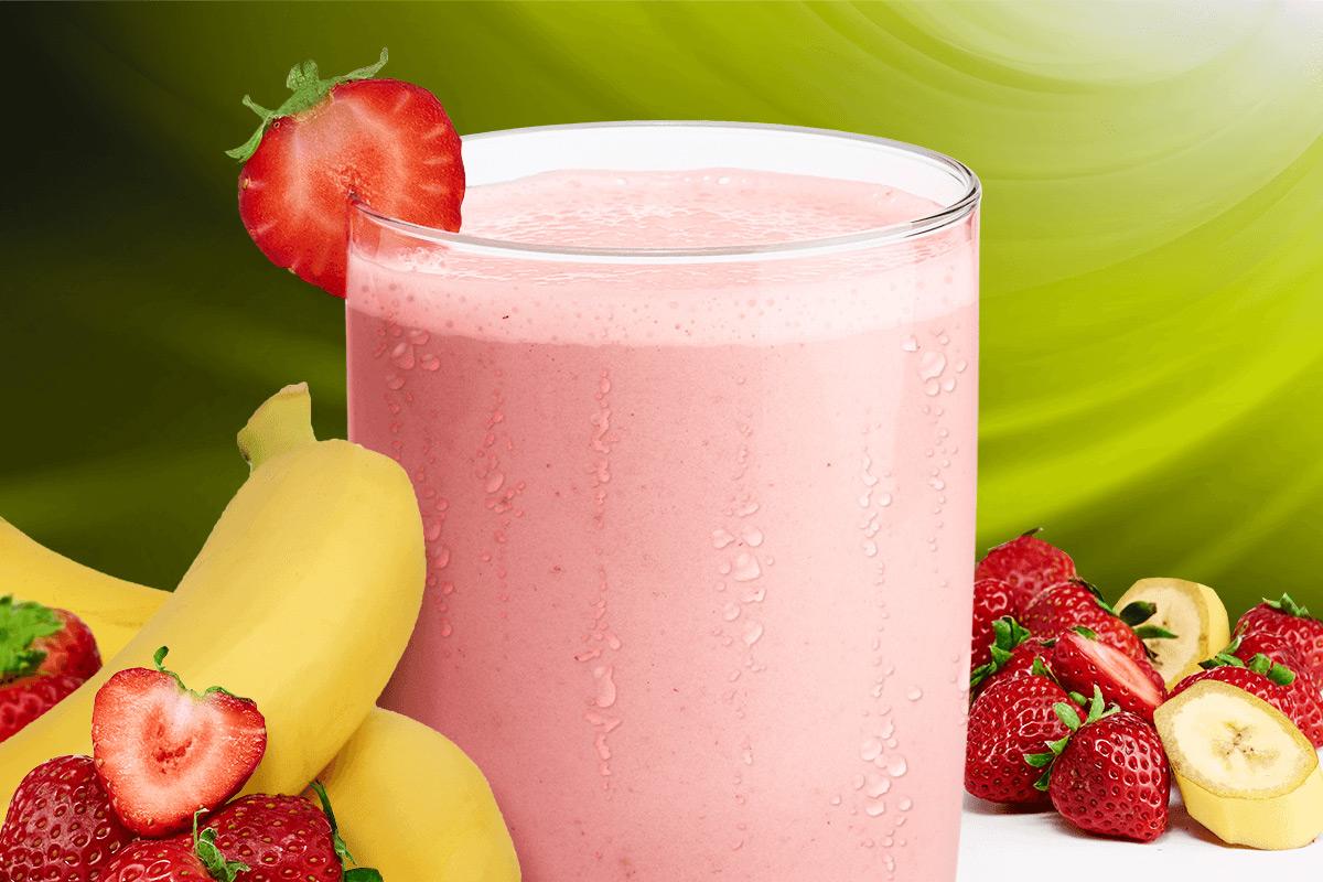 Smoothie yaourt, banane et fraises