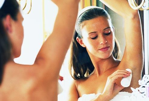 Le deodorant et antiperspirant