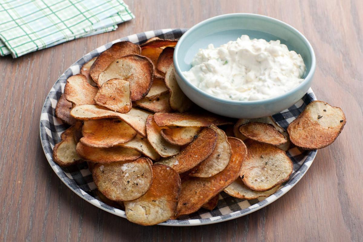 Chips avec trempette à l'oignon