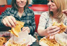 15 aliments sans aucune valeur que tout nutritionniste vous demandera d'arrêter d'en manger immédiatement !