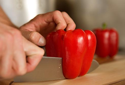 Le poivron rouge cru