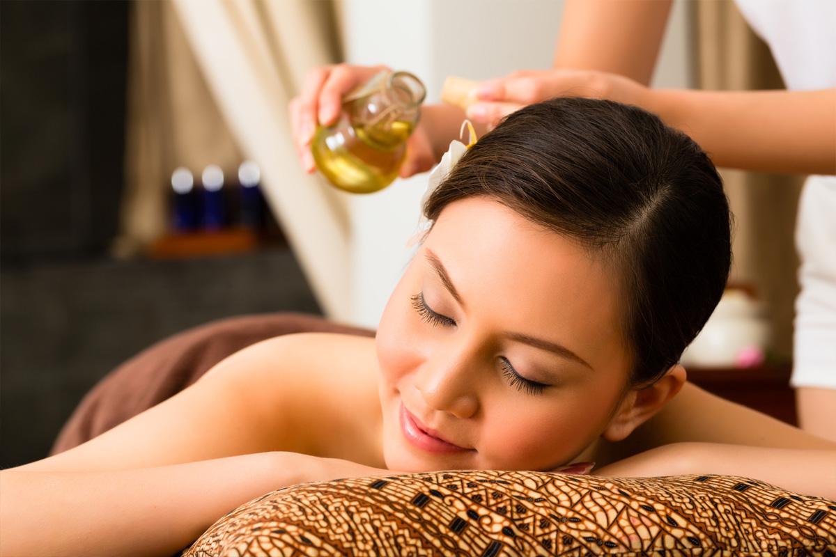 14 Remèdes aux huiles essentielles que vous devriez essayer !