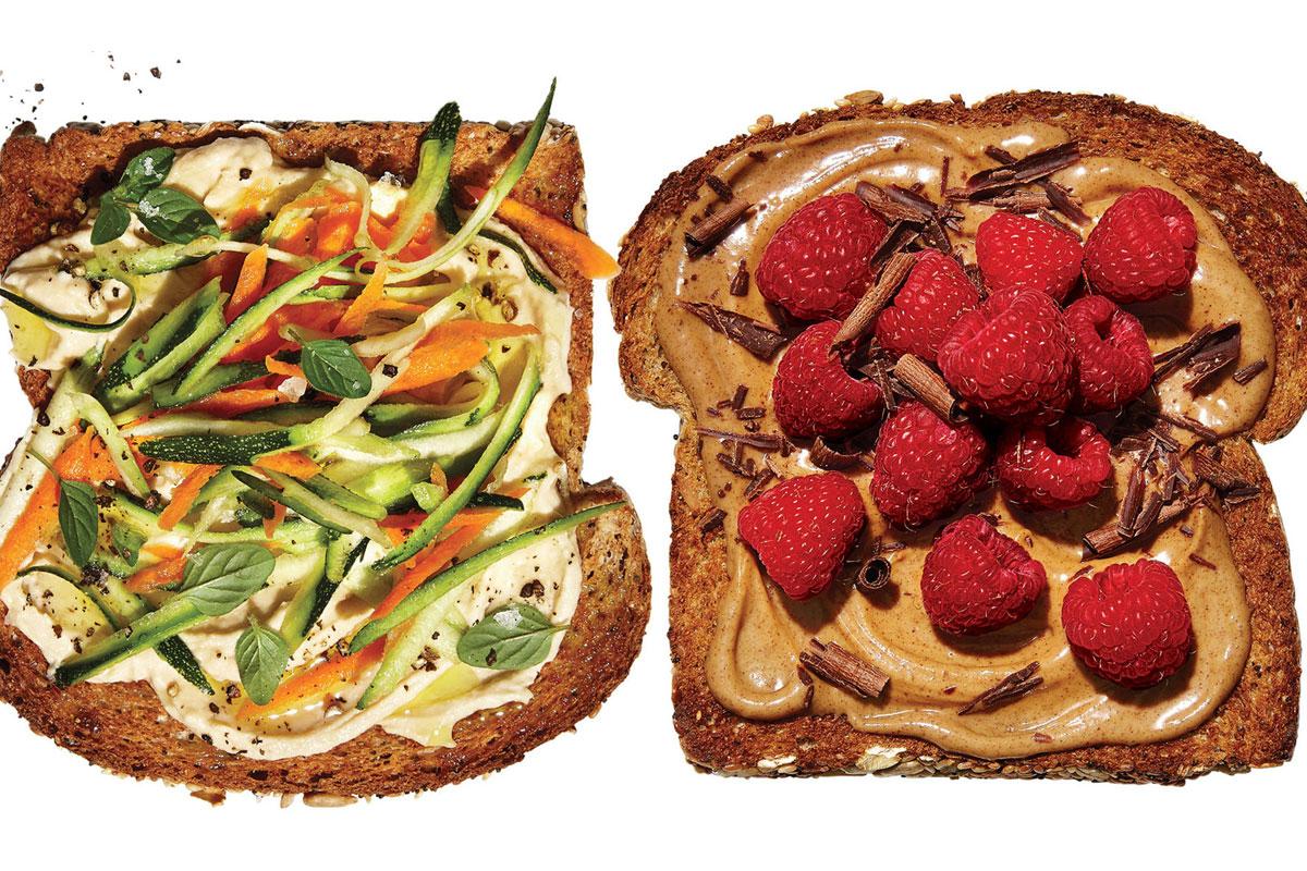 4 délicieuses façons de transformer un morceau de pain grillé en un repas !