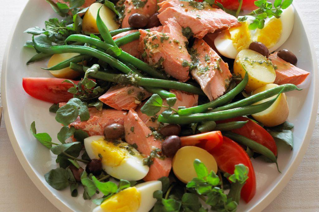 Pourquoi devriez-vous ajouter un œuf à votre salade ?