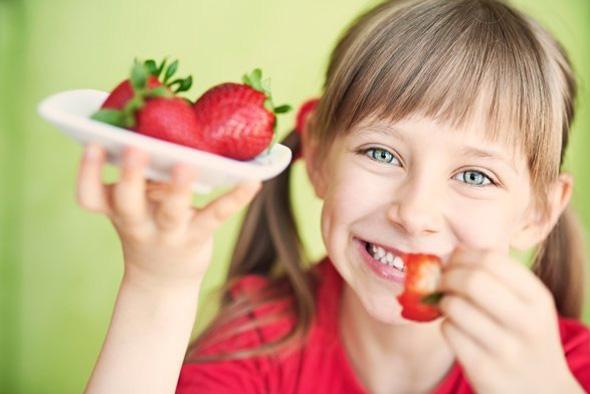 mangez-des-fruits-entiers