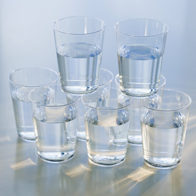 Vous n'avez réellement pas besoin de boire 8 verres de H2O chaque jour
