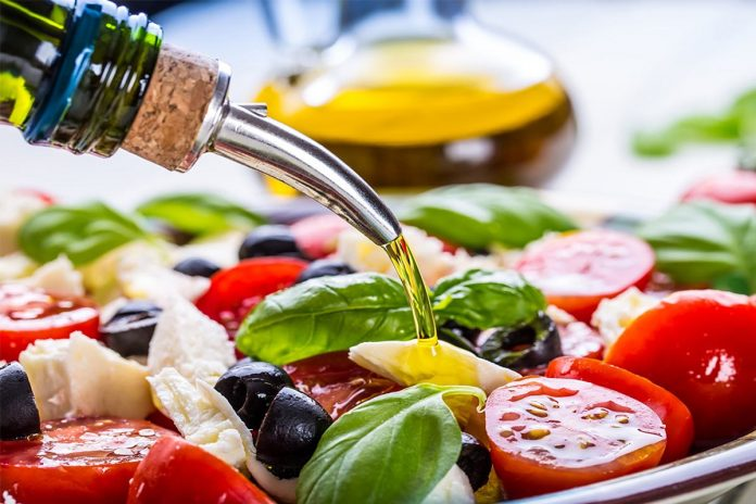 Régime méditerranéen et huile d'olive un coup de pouce pour votre santé cardiovasculaire !