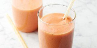 Smoothie orange, mangue, fraise et ananas