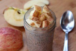 Recette naturelle pour nettoyer votre côlon sainement avec miel, pomme, chia et graines de lin !