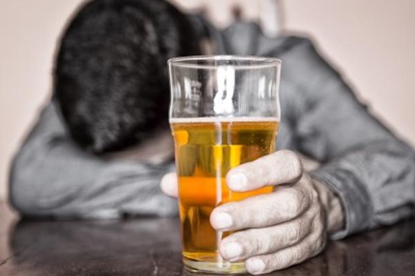 Boire-trop-d-alcool