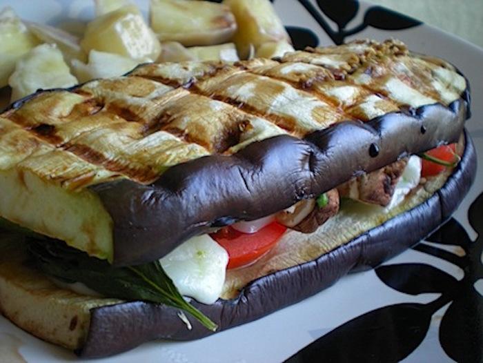 Sandwich aubergines grillees