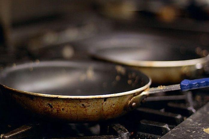 4 Ustensiles de cuisine qui causent le cancer !