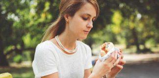 5 aliments qui causent l'acné !