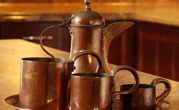 Les bienfaits de boire de l'eau dans une tasse en cuivre !