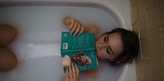 Profiter d'un bon bain chaud brule autant de calories qu'une marche de 30 minutes !