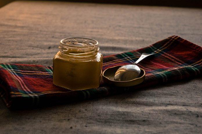 Qu'est-ce que le Miel de Manuka ? et pourquoi est-il si bon pour vous ?