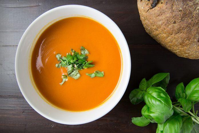 Soupe aux tomates et au safran