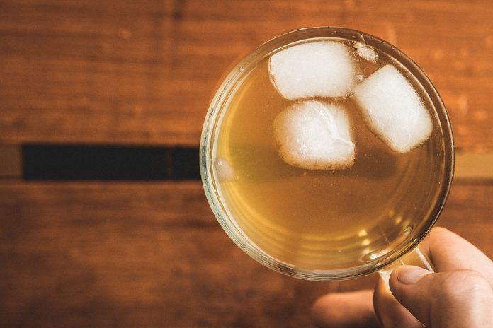 Thé au gingembre et au curcuma pour une meilleure santé du cerveau et du cœur !