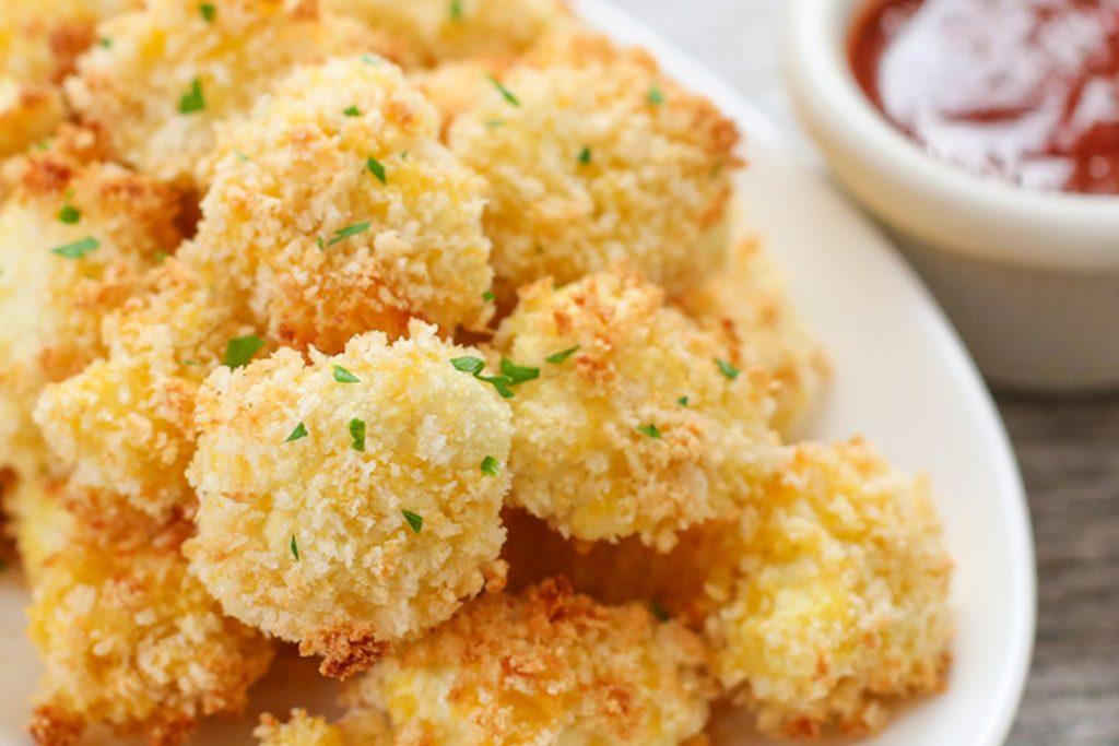 Ces bouchées de chou-fleur au parmesan seront votre nouvelle obsession…
