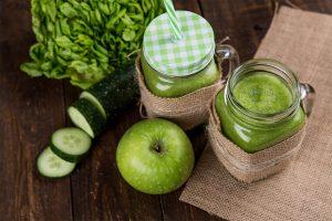 Jus de pomme verte-concombre au gingembre
